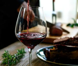 vin rouge viande